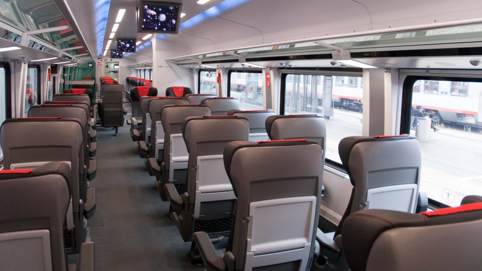 OEBB First Class (img 1)