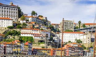 Everything you need to know about trains from Lisbon to Porto: timetable, route info, tickets, and more