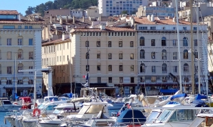 Explore the Barcelona - Marseille rail: timetable, distance, route into & book your tickets on Rail Ninja!
